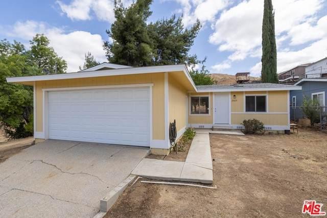 29615 Cromwell Avenue, Val Verde, CA 91384 (MLS #21738680) :: Desert Area Homes For Sale