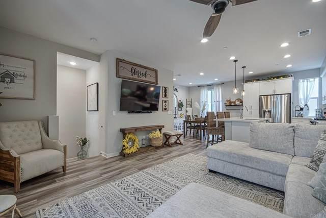 2379 Element #2, Chula Vista, CA 91915 (#PTP2104055) :: Berkshire Hathaway HomeServices California Properties
