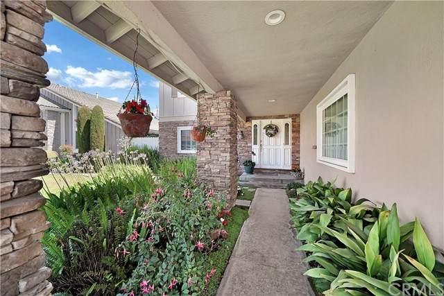 9056 Crocus Avenue, Fountain Valley, CA 92708 (#OC21122719) :: The Miller Group