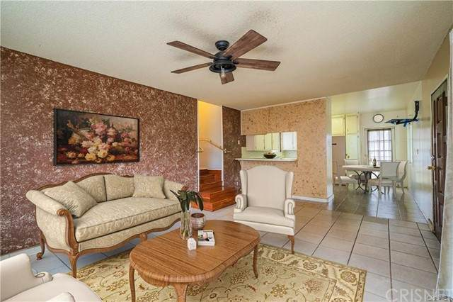 906 W 17th Street, Los Angeles (City), CA 90015 (#SR21124933) :: Wahba Group Real Estate | Keller Williams Irvine