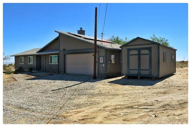 32890 223rd Street E, Llano, CA 93544 (#SR21126050) :: The Marelly Group | Sentry Residential