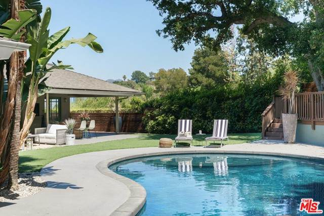 3500 Wrightwood Drive, Studio City, CA 91604 (#21744672) :: Zember Realty Group