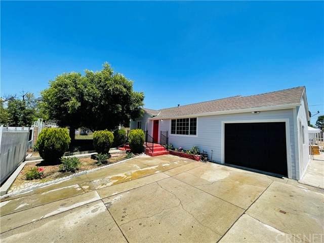 7744 Radford Avenue, North Hollywood, CA 91605 (#SR21125998) :: A G Amaya Group Real Estate