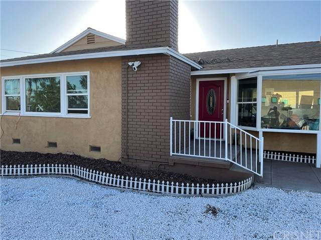 14559 Bledsoe Street, Sylmar, CA 91342 (#SR21126138) :: Powerhouse Real Estate