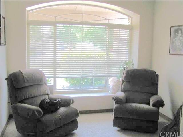 5706 Seasons Valley Court, Bakersfield, CA 93313 (#DW21126010) :: Powerhouse Real Estate