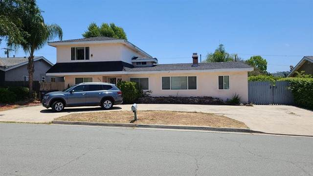 753 Hawthorne Avenue, El Cajon, CA 92020 (#NDP2106698) :: Team Tami