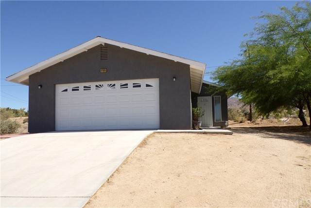 61609 Adobe Drive, Joshua Tree, CA 92252 (#JT21126253) :: The Marelly Group | Sentry Residential