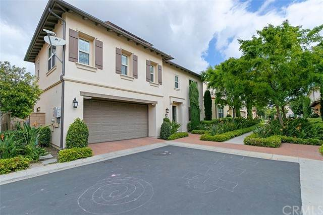 121 Blaze, Irvine, CA 92618 (#OC21126062) :: Cesi Pagano & Associates