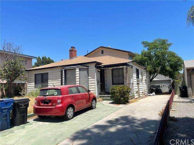5538 Denny Avenue, North Hollywood, CA 91601 (#PW21126324) :: A G Amaya Group Real Estate