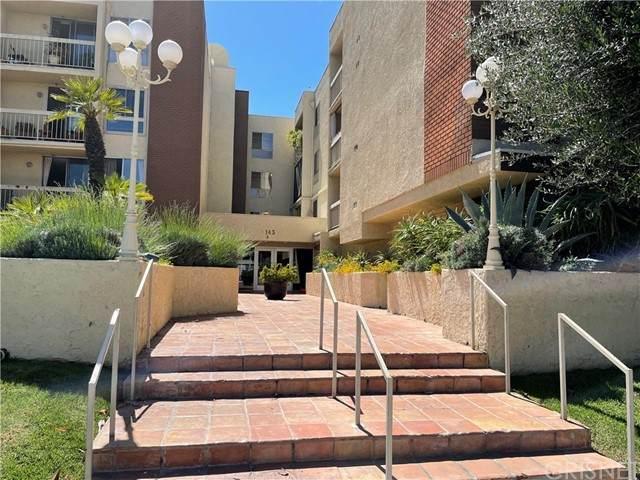 5143 Bakman Avenue #105, North Hollywood, CA 91601 (#SR21126413) :: Team Tami