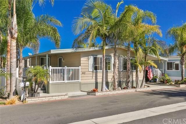 20701 Beach Boulevard #237, Huntington Beach, CA 92648 (#OC21124833) :: Powerhouse Real Estate