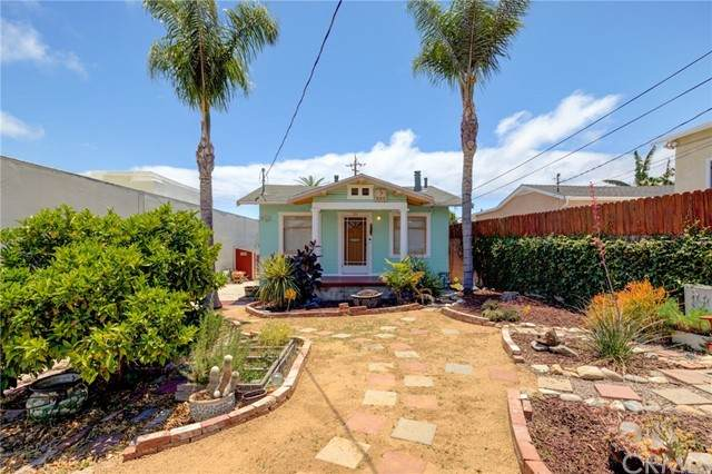 753 W 5th Street, San Pedro, CA 90731 (#RS21125410) :: Compass