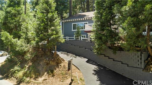 23715 Scenic Drive, Crestline, CA 92325 (#IV21126517) :: Wahba Group Real Estate | Keller Williams Irvine