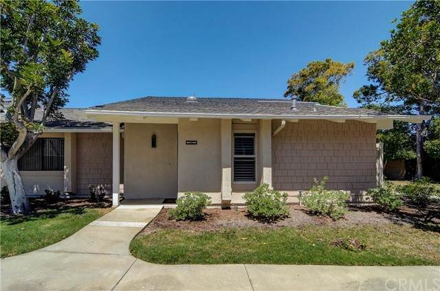 8605 Solano Circle 1005E, Huntington Beach, CA 92646 (#OC21126583) :: Doherty Real Estate Group