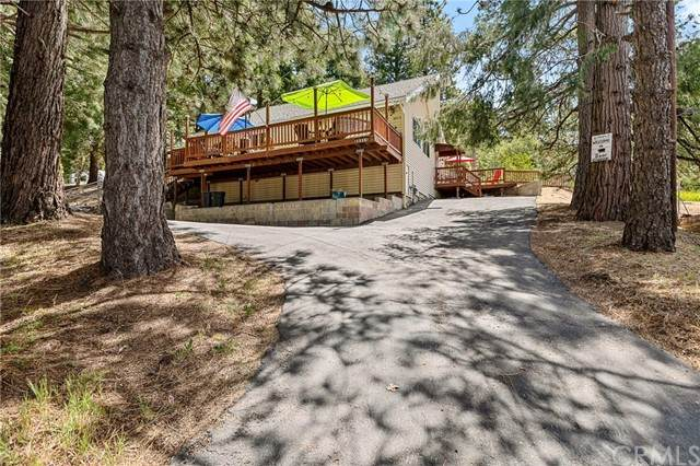 30313 Live Oak Drive, Running Springs, CA 92382 (#EV21126338) :: The Marelly Group | Sentry Residential