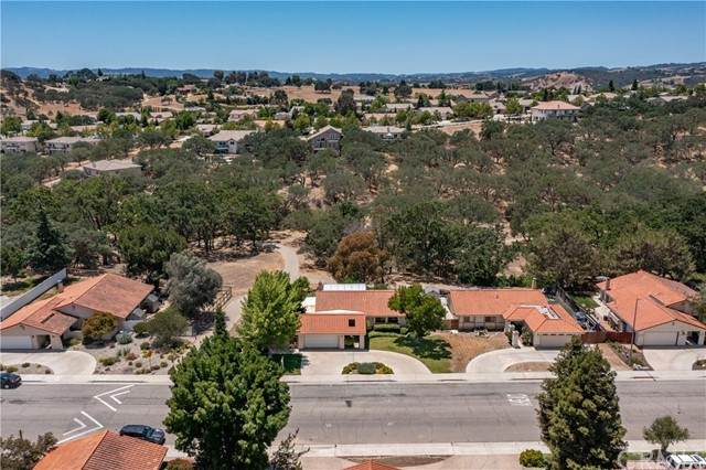1769 Rambouillet Road, Paso Robles, CA 93446 (#NS21126586) :: Swack Real Estate Group | Keller Williams Realty Central Coast