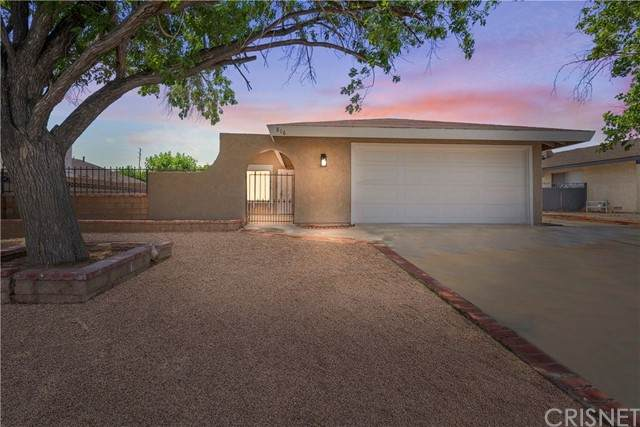 816 Landsford Street, Lancaster, CA 93535 (#SR21126634) :: Wahba Group Real Estate | Keller Williams Irvine