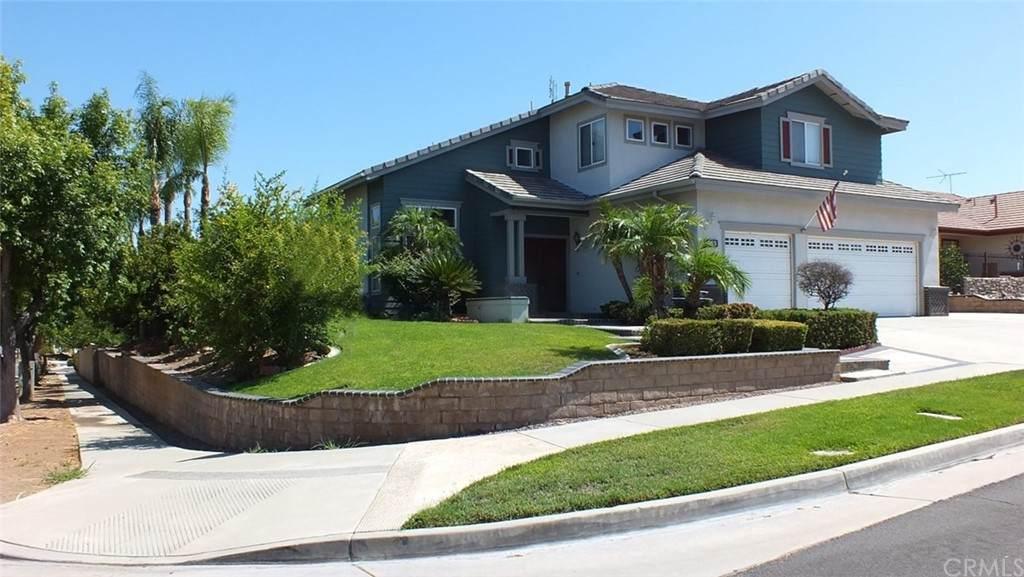 963 Latigo Lane, Corona, CA 92882 (MLS #IV21126492) :: Desert Area Homes For Sale