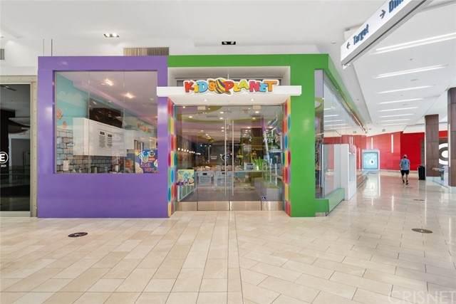 6600 Topanga Canyon Boulevard, Canoga Park, CA 91303 (#SR21126219) :: RE/MAX Empire Properties