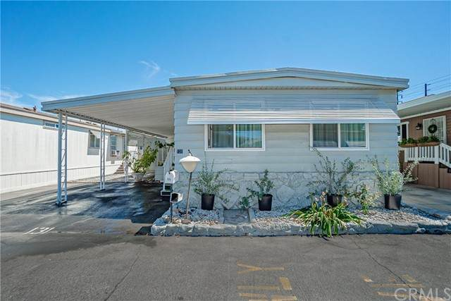 16601 Garfield Ave, Paramount, CA 90723 (#PW21126683) :: The Marelly Group | Sentry Residential