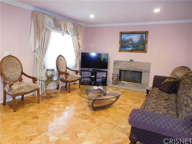 6075 Harold Way, Hollywood, CA 90028 (#SR21126657) :: Legacy 15 Real Estate Brokers