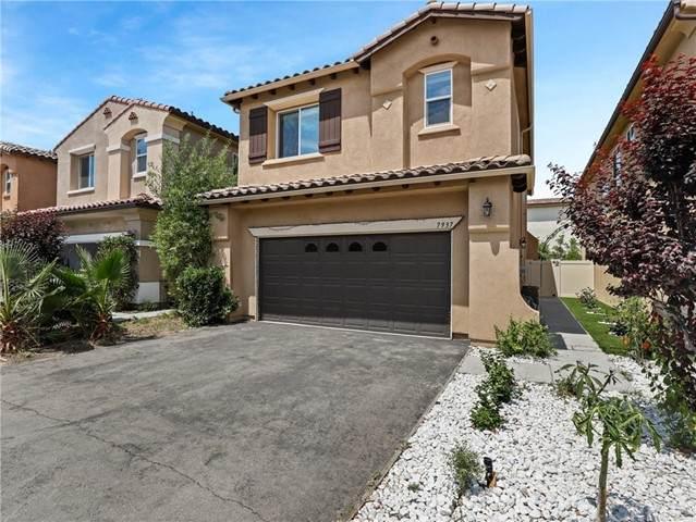 7937 N Keer Drive, Reseda, CA 91335 (#BB21123671) :: Powerhouse Real Estate