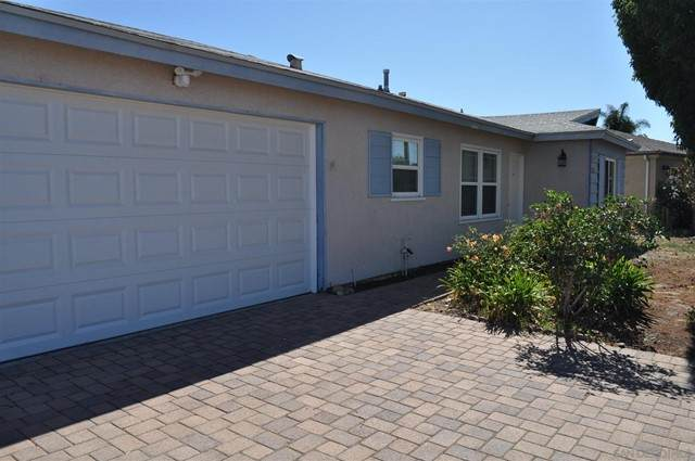 9245 Maranda Dr., Santee, CA 92071 (#210016181) :: Powerhouse Real Estate