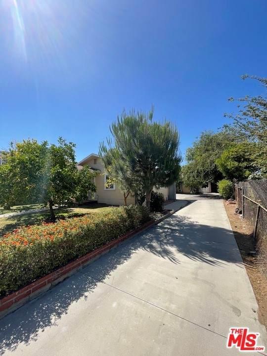 4046 Bemis Street, Los Angeles (City), CA 90039 (#21748038) :: Wahba Group Real Estate | Keller Williams Irvine