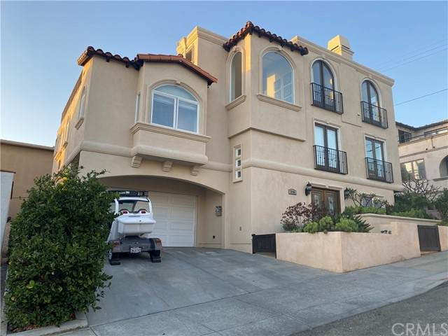 215 16th Street, Hermosa Beach, CA 90254 (#SB21114604) :: Go Gabby