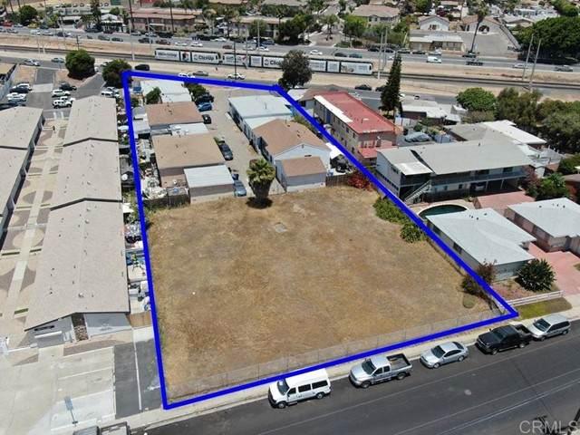 354  356 South Vista Avenue, San Ysidro, CA 92173 (#PTP2104097) :: Berkshire Hathaway HomeServices California Properties