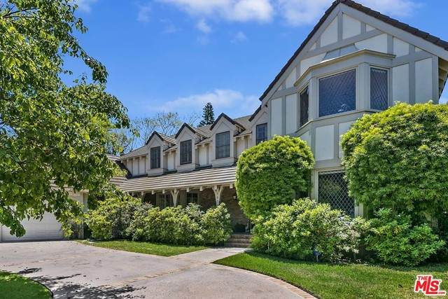 16706 Monte Alto Place, Pacific Palisades, CA 90272 (#21743418) :: The Marelly Group   Sentry Residential