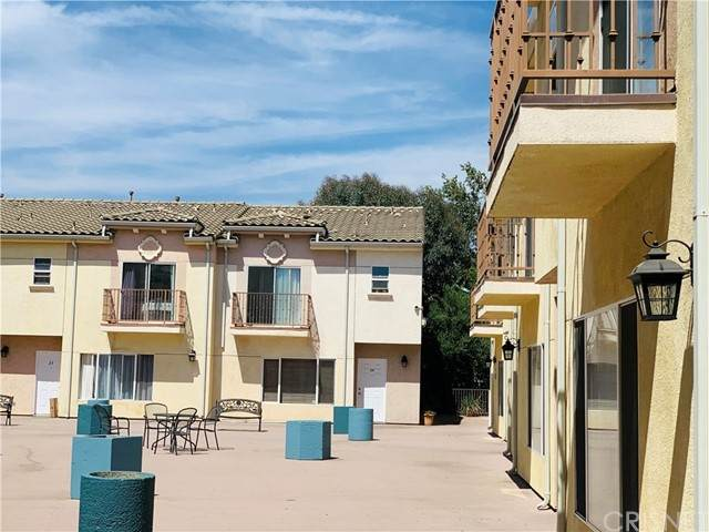 12375 Osborne Place #3, Pacoima, CA 91331 (#SR21126669) :: Twiss Realty