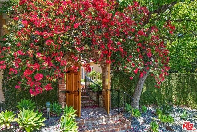912 Honeywood Road, Los Angeles (City), CA 90049 (#21745894) :: Legacy 15 Real Estate Brokers