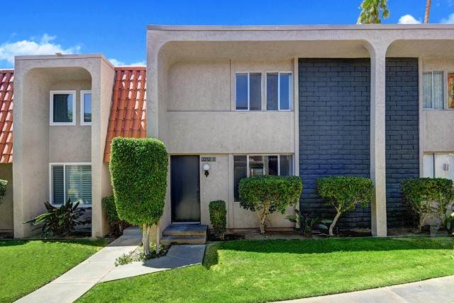 2252 N Indian Canyons Drive I, Palm Springs, CA 92262 (#219063437PS) :: Zember Realty Group