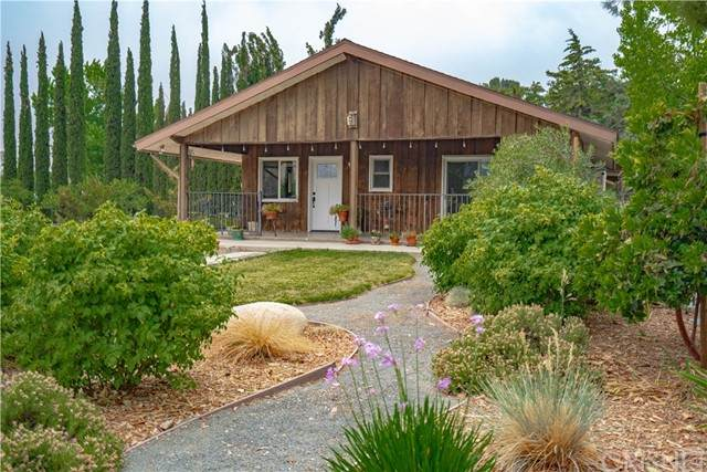 40016 90th Street W, Leona Valley, CA 93551 (#SR21127143) :: The Marelly Group | Sentry Residential