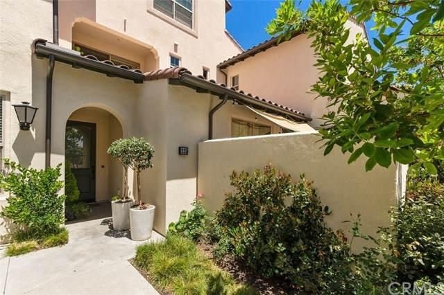 225 Elkhorn, Irvine, CA 92618 (MLS #OC21126151) :: Desert Area Homes For Sale