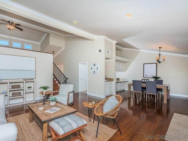 2214 Plaza De Las Flores, Carlsbad, CA 92009 (#210016276) :: Berkshire Hathaway HomeServices California Properties