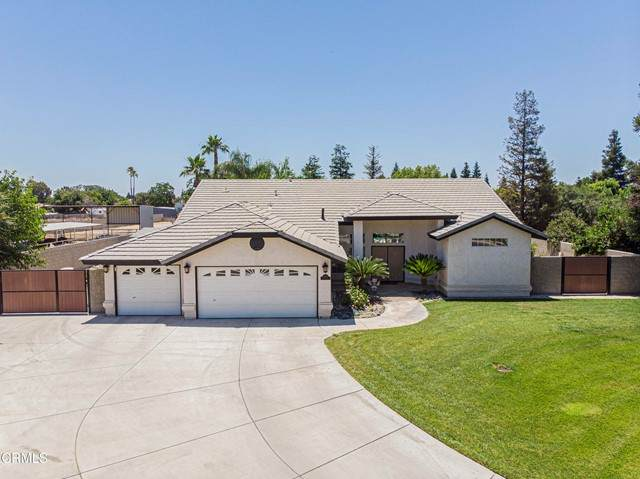 10901 Melocoton Court, Bakersfield, CA 93312 (#V1-6409) :: The Marelly Group | Sentry Residential