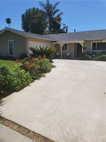 West Hills, CA 91307 :: Powerhouse Real Estate