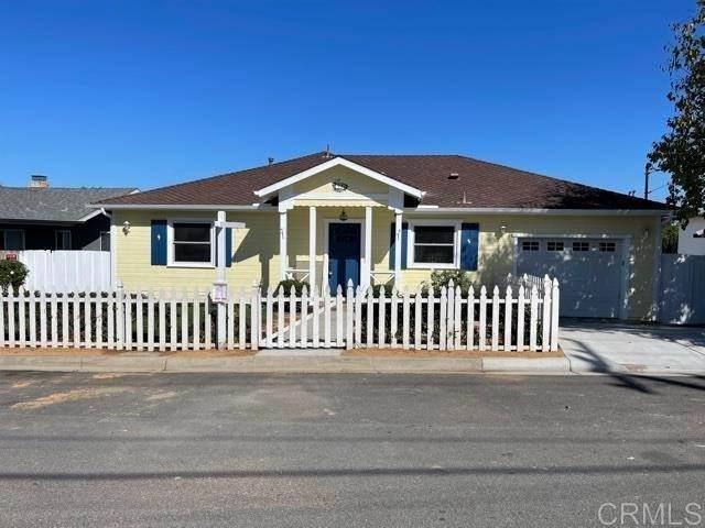 229 Walsh Street, Oceanside, CA 92054 (#NDP2106797) :: Berkshire Hathaway HomeServices California Properties