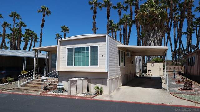 156 Robby Lane, Oceanside, CA 92054 (#210016311) :: Compass