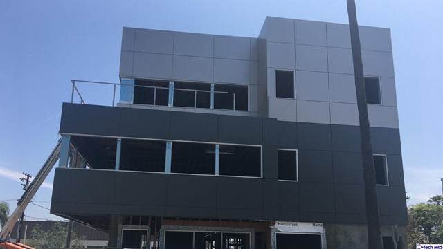 130 W Eulalia Street, Glendale, CA 91204 (#320004843) :: Berkshire Hathaway HomeServices California Properties