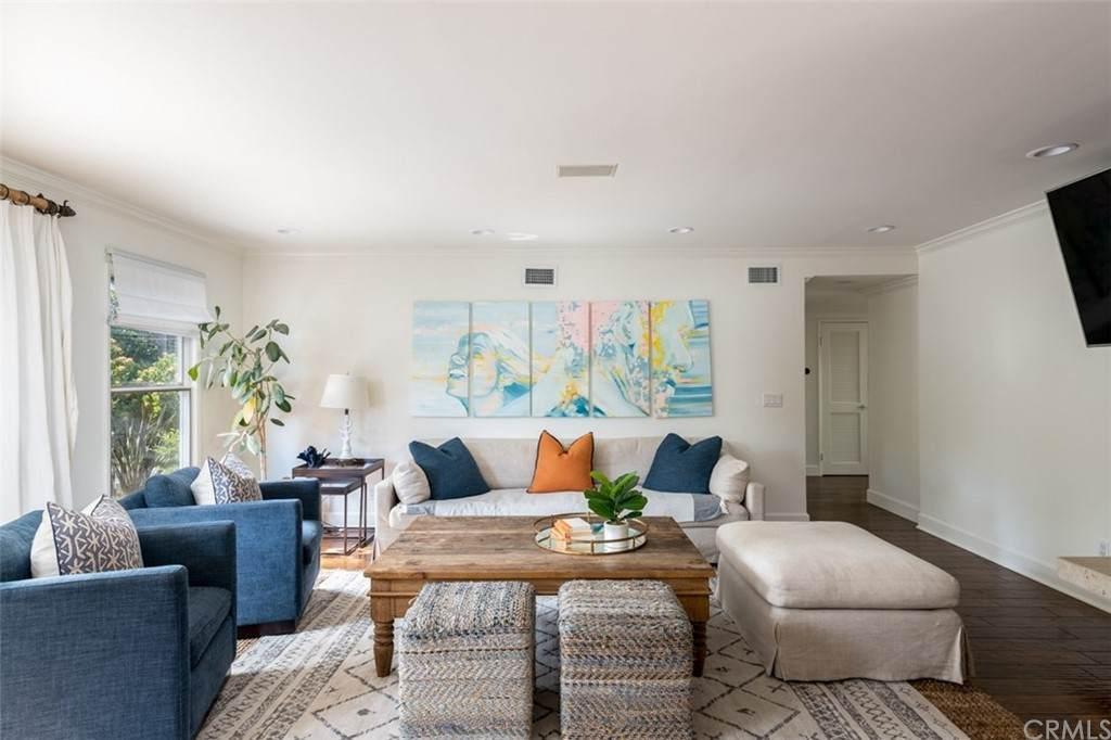 1615 Ruth Lane, Newport Beach, CA 92660 (#PW21127176) :: Eight Luxe Homes
