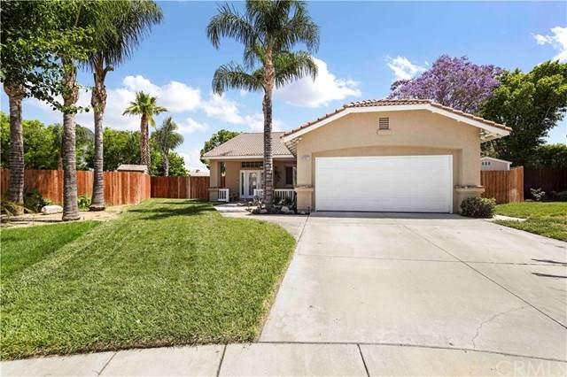 11327 La Luna Circle, Fontana, CA 92337 (#CV21078480) :: Berkshire Hathaway HomeServices California Properties