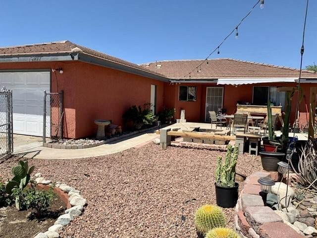 19277 Chuckwalla Trail, Desert Hot Springs, CA 92241 (#219063499DA) :: Berkshire Hathaway HomeServices California Properties