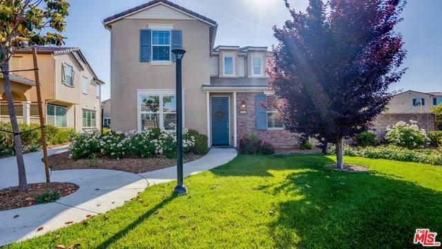24351 Verdugo Circle, Valencia, CA 91354 (#21732118) :: Powerhouse Real Estate