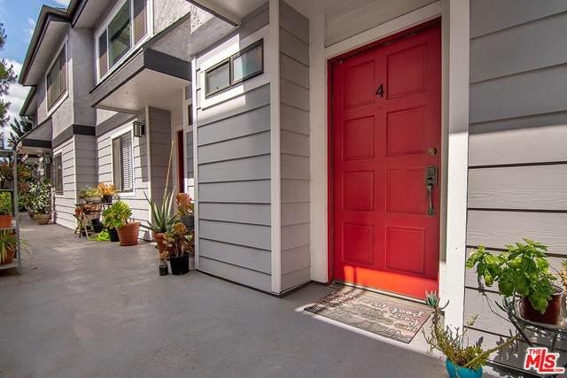 12421 Riverside Drive #4, Valley Village, CA 91607 (#21746334) :: Berkshire Hathaway HomeServices California Properties