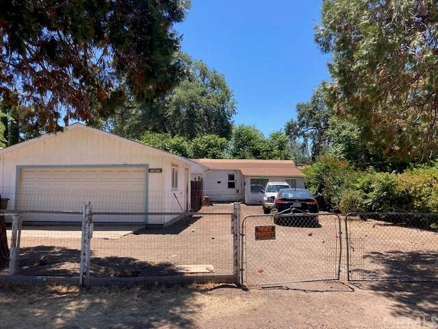 12977 4th Street, Clearlake Oaks, CA 95423 (#LC21128539) :: Compass