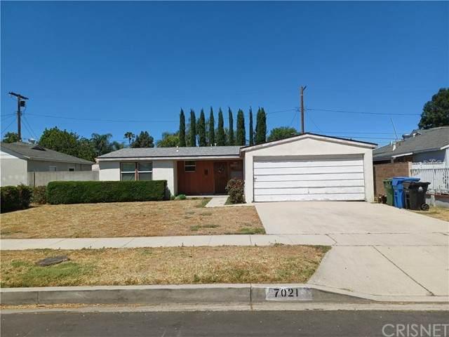 7021 Aura Avenue, Reseda, CA 91335 (#SR21128627) :: Zember Realty Group