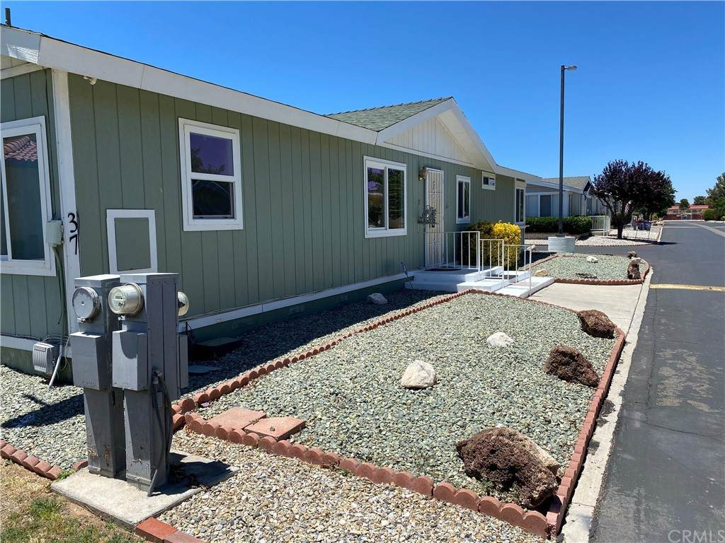 21621 Sandia Road #37, Apple Valley, CA 92308 (#CV21128637) :: Powerhouse Real Estate